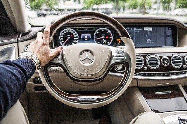 Alasan Mengapa Harus Membeli Mobil Bekas